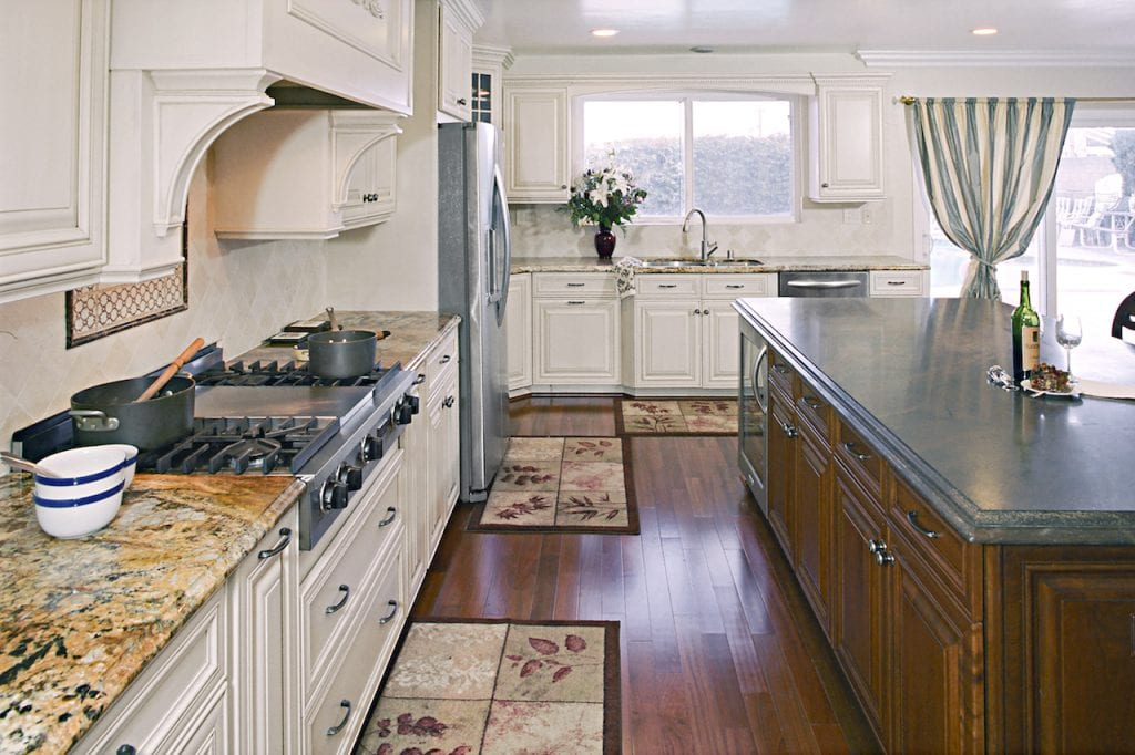 newport-beach-kitchen-cabinets-design